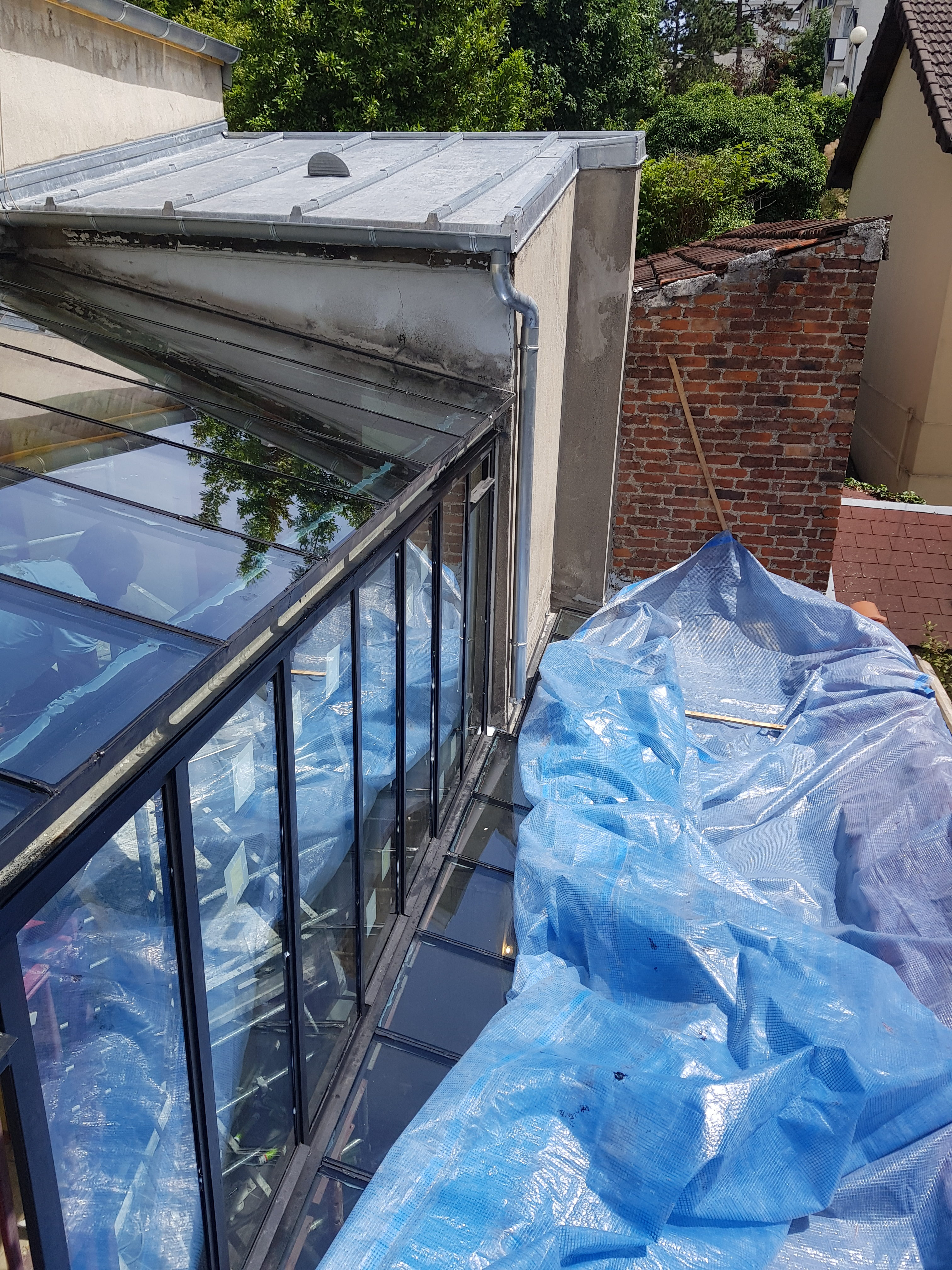 extension vitr e avec bh vitrier paris bh vitrier paris artisan vitrerie miroiterie. Black Bedroom Furniture Sets. Home Design Ideas